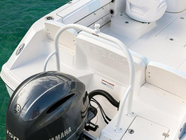 2020 Robalo boat for sale, model of the boat is R207 & Image # 7 of 21