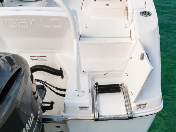 2020 Robalo boat for sale, model of the boat is R207 & Image # 9 of 21