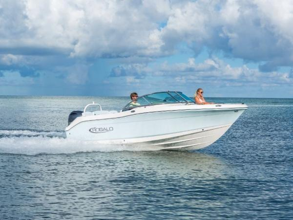 2020 Robalo boat for sale, model of the boat is R207 & Image # 13 of 21