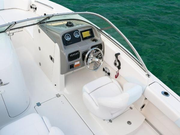 2020 Robalo boat for sale, model of the boat is R207 & Image # 18 of 21
