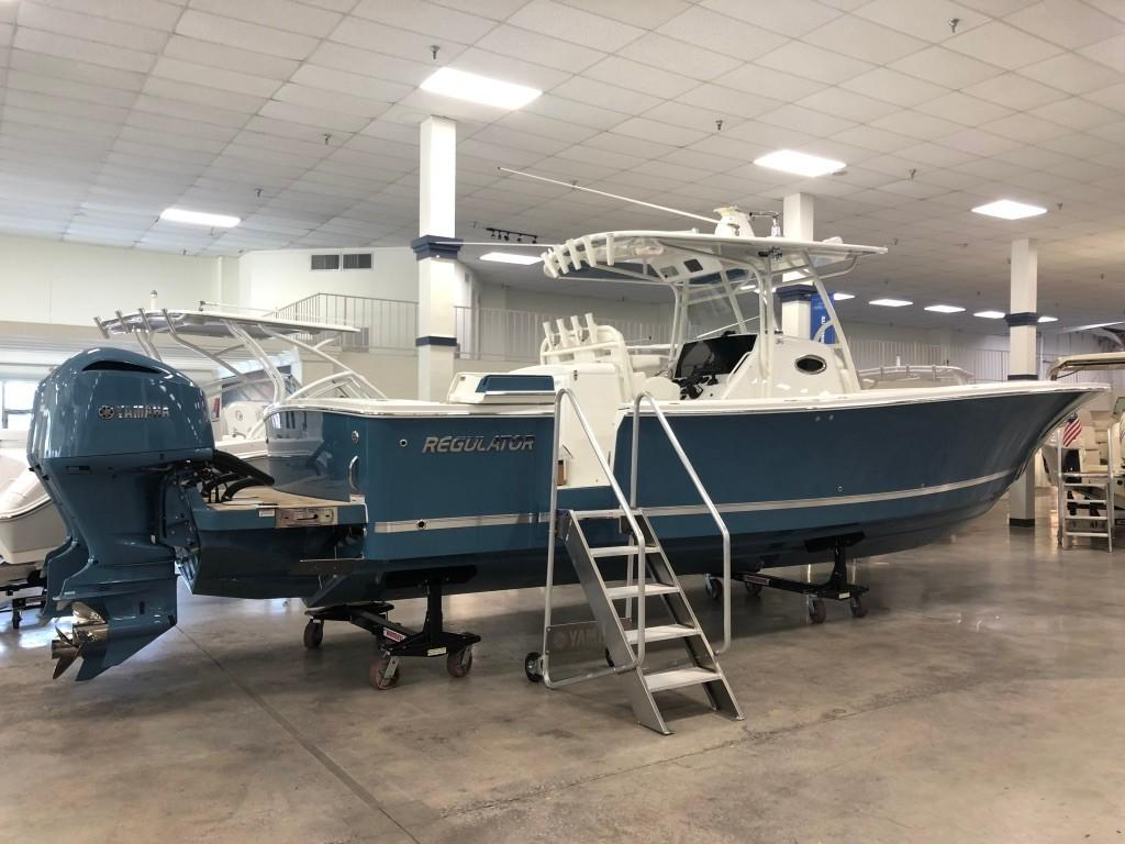 34' Regulator 2019