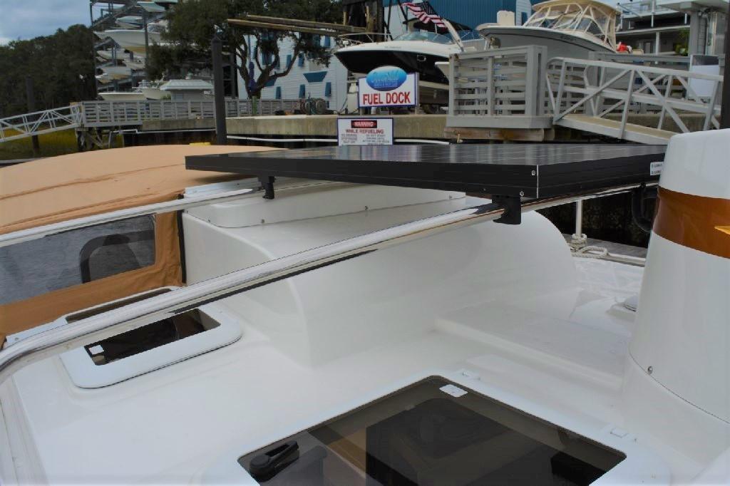 Ranger Tugs R-25 SC - Solar Panel