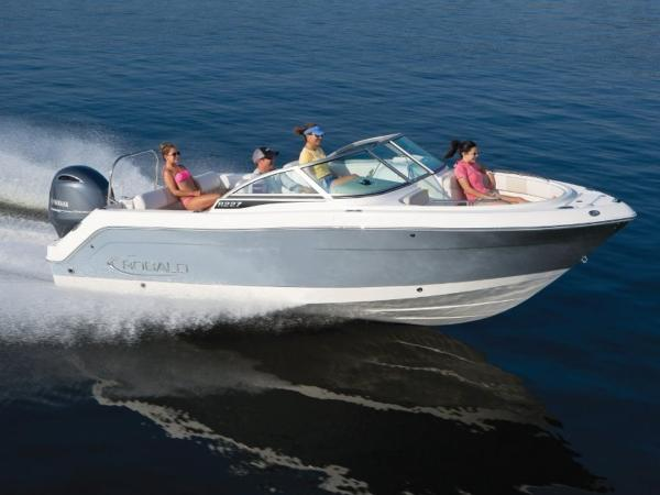 2020 ROBALO R227 for sale