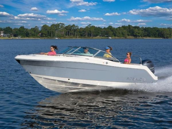 2020 Robalo boat for sale, model of the boat is R227 & Image # 2 of 20