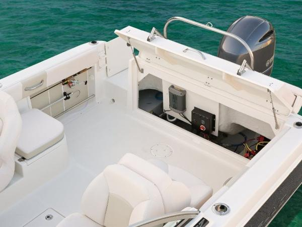 2020 Robalo boat for sale, model of the boat is R227 & Image # 4 of 20