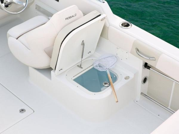 2020 Robalo boat for sale, model of the boat is R227 & Image # 11 of 20