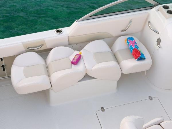 2020 Robalo boat for sale, model of the boat is R227 & Image # 18 of 20