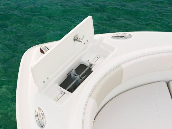 2020 Robalo boat for sale, model of the boat is R227 & Image # 19 of 20