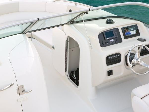 2020 Robalo boat for sale, model of the boat is R227 & Image # 20 of 20
