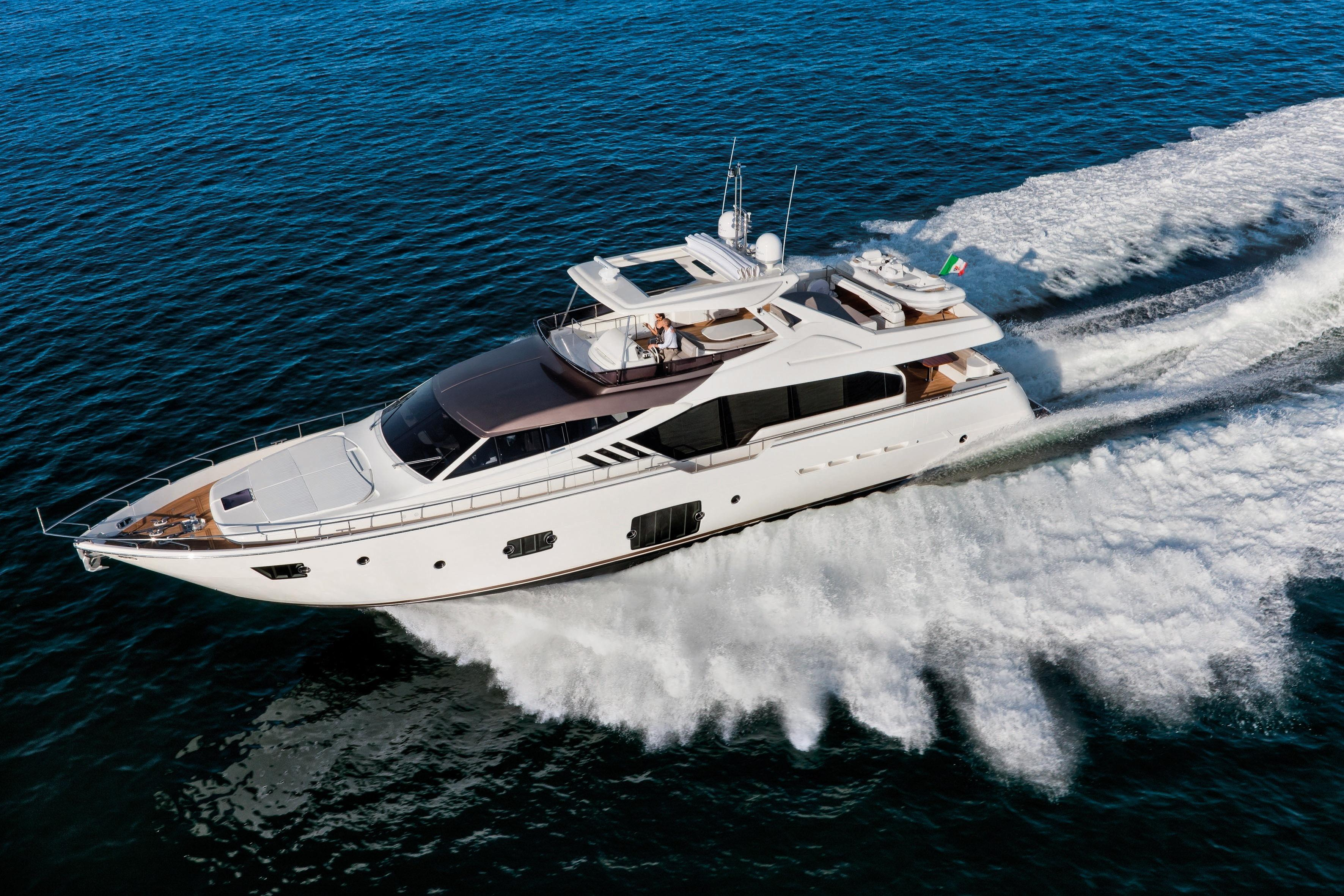 Manufacturer Provided Image: Ferretti 870 Running Shot