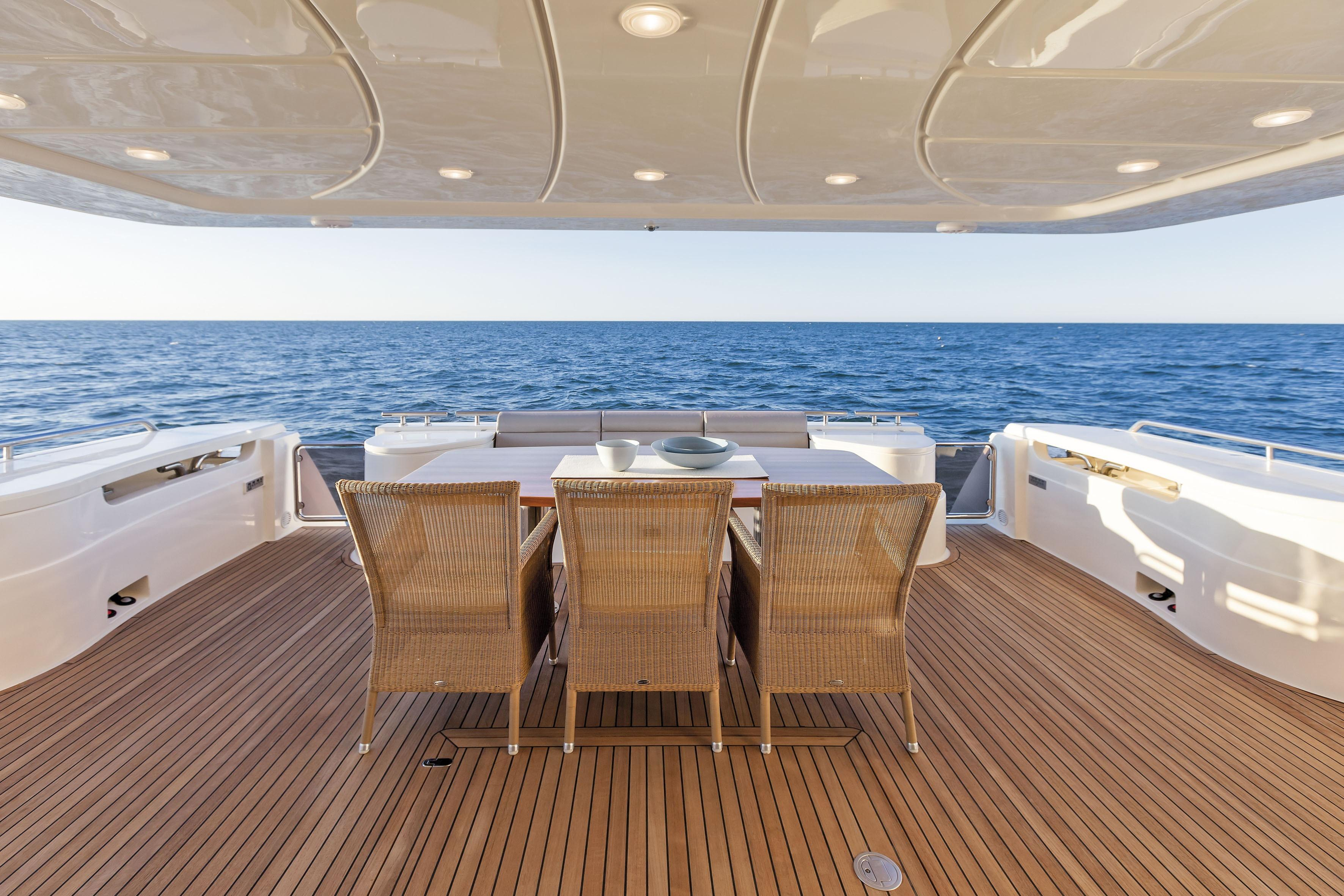 Manufacturer Provided Image: Ferretti 870 Cockpit