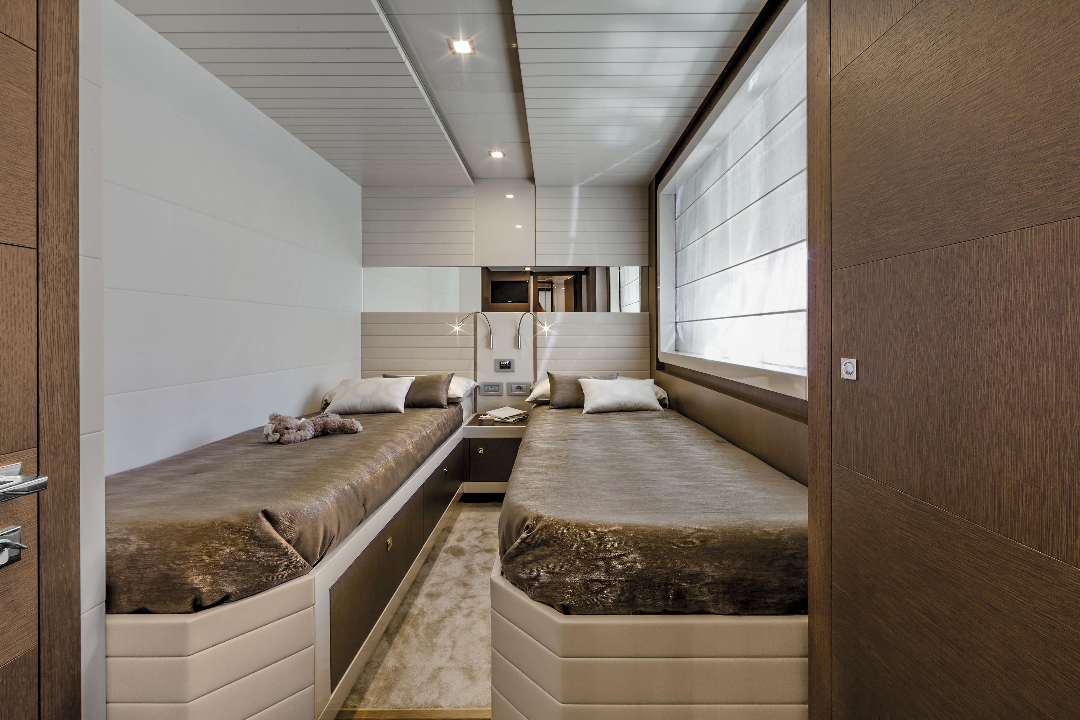 Manufacturer Provided Image: Ferretti 870 Twin Cabin