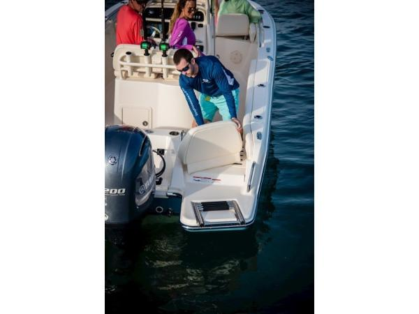 2020 Grady-White boat for sale, model of the boat is Fisherman 216 & Image # 11 of 24