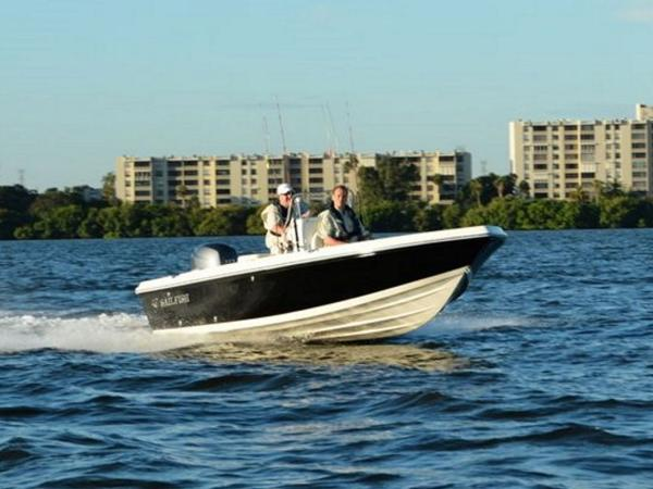 2020 Sailfish boat for sale, model of the boat is 1900 BB & Image # 1 of 12