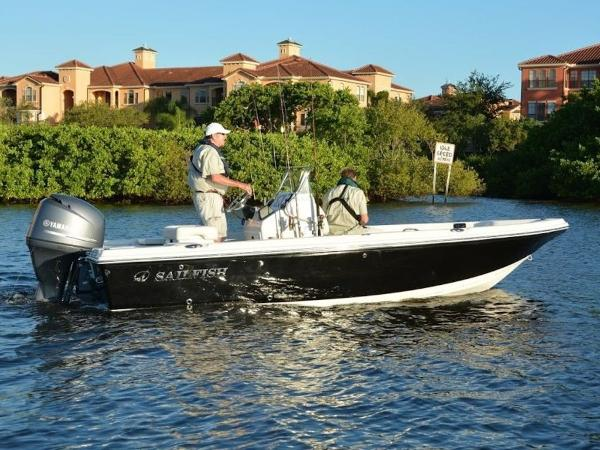 2020 Sailfish boat for sale, model of the boat is 1900 BB & Image # 3 of 12