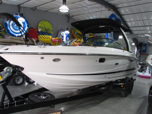 2019 Sea Ray boat for sale, model of the boat is 280 SLK & Image # 2 of 14