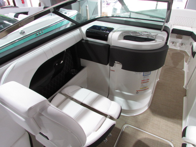 2019 Sea Ray boat for sale, model of the boat is 280 SLK & Image # 5 of 14