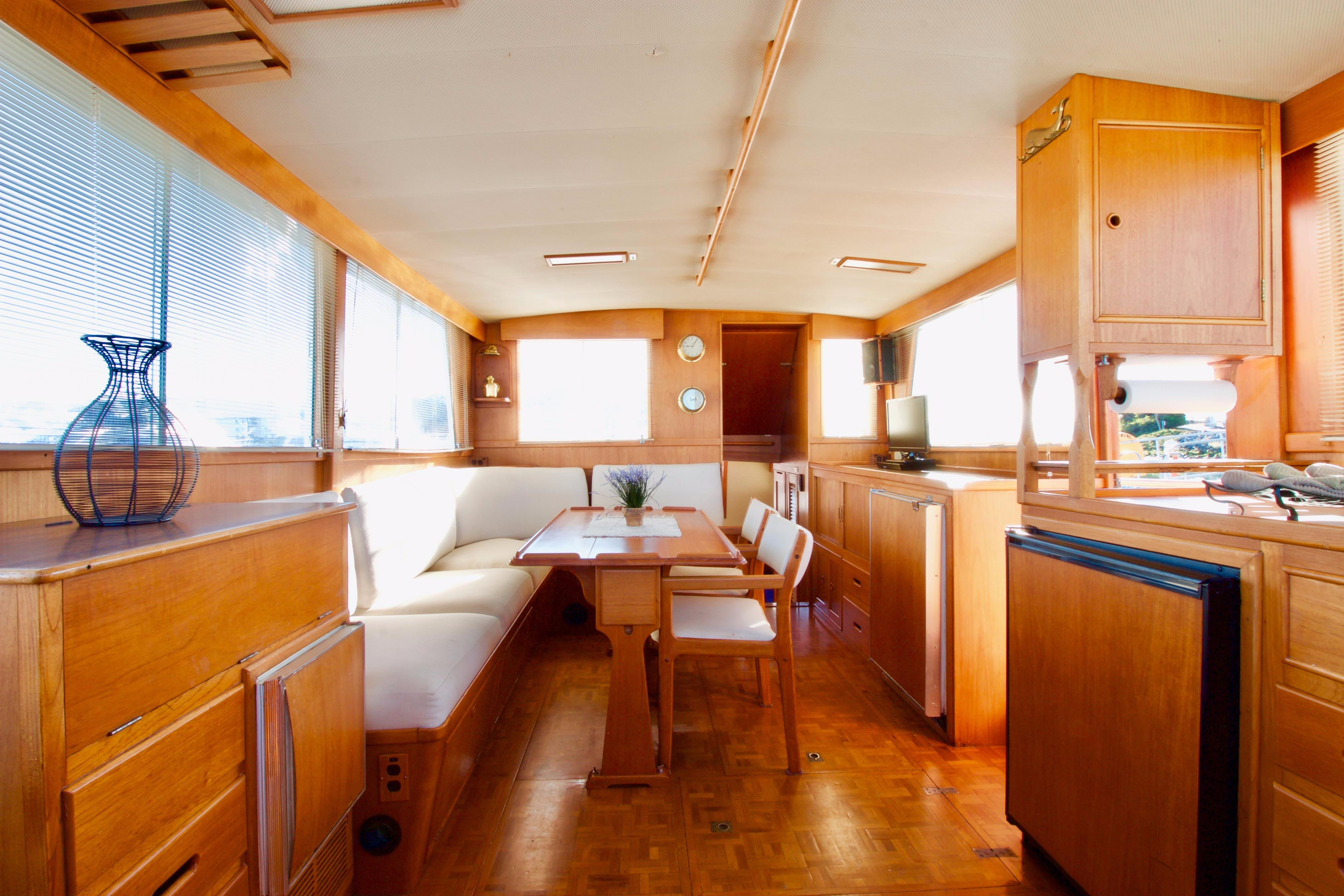 42 Grand Banks Classic Yacht For Sale Rubicon Yachts Lehman 12 Volt Motor Wiring Diagram