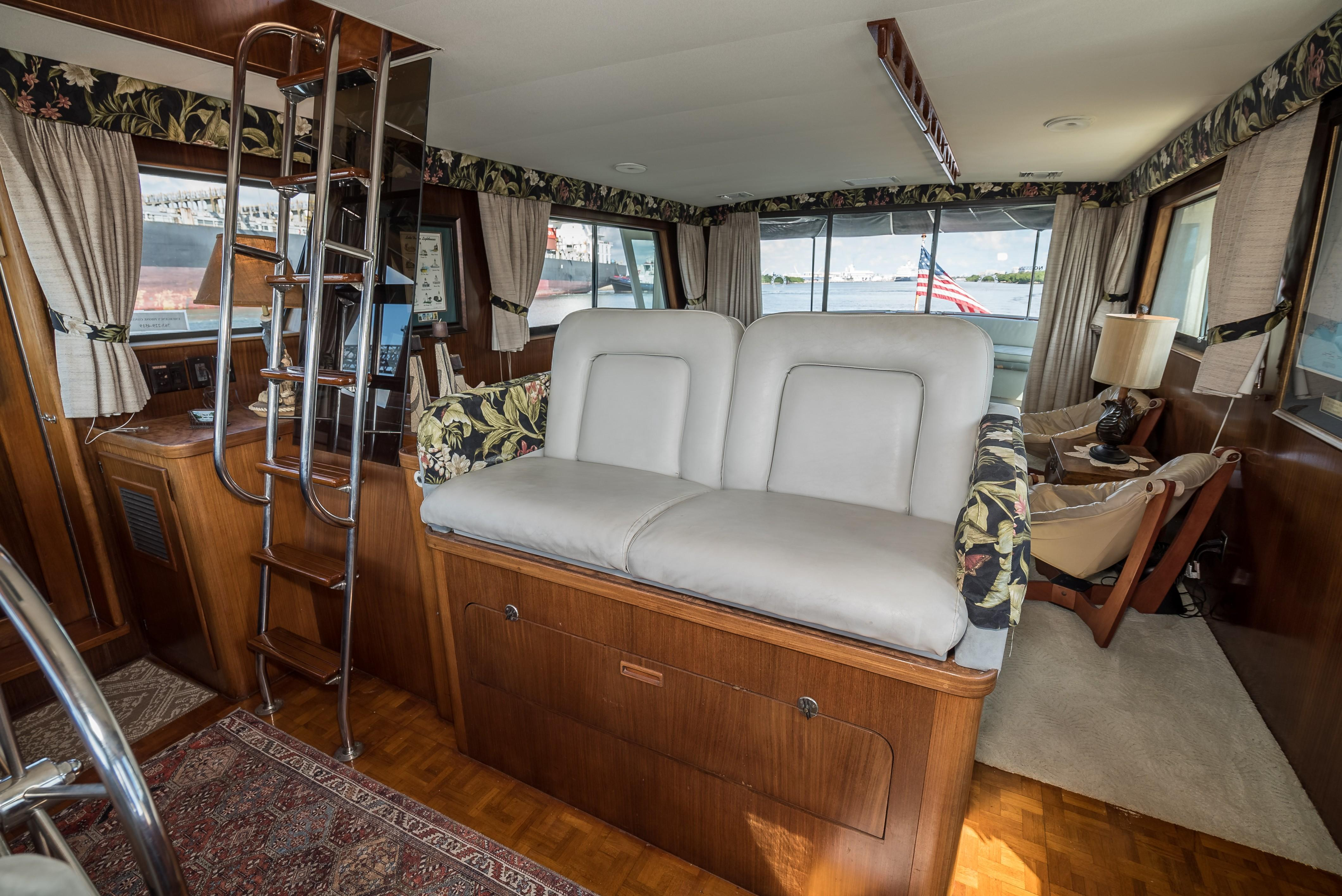Helm Seating and Flybridge Stairs
