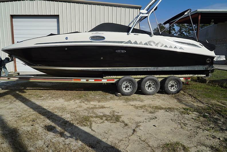 Sea Ray 280 Sundeck - Profile (Trailer not included)