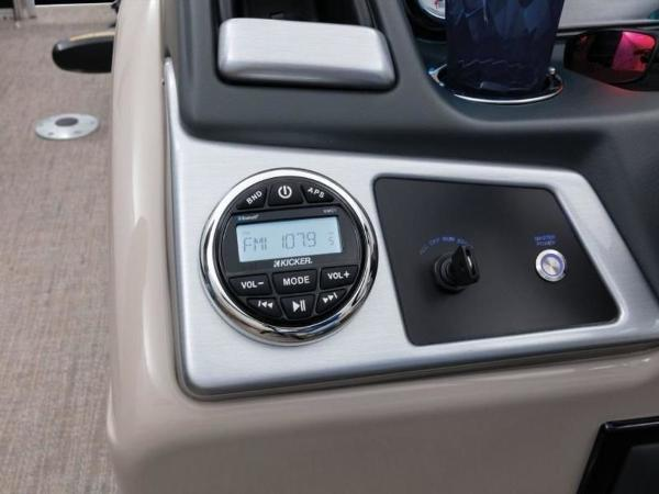 2020 Ranger Boats boat for sale, model of the boat is 223FC & Image # 26 of 51
