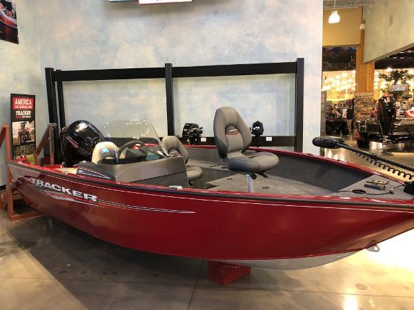 2021 Tracker Boats boat for sale, model of the boat is Pro Guide™ V-175 SC & Image # 2 of 12