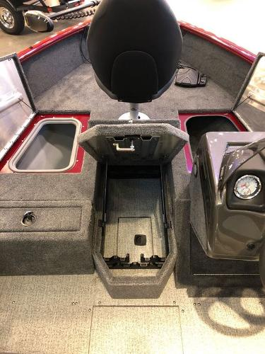 2021 Tracker Boats boat for sale, model of the boat is Pro Guide™ V-175 SC & Image # 4 of 12