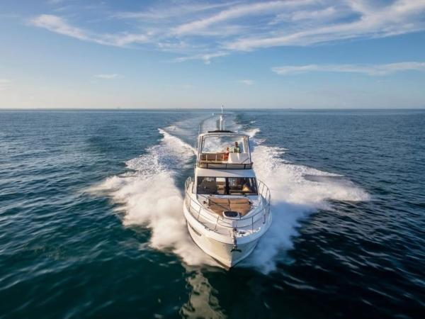 2020 Sea Ray boat for sale, model of the boat is Fly 460 & Image # 10 of 20