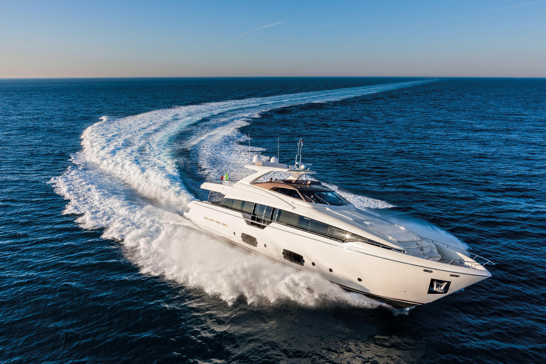 95.9 ft Ferretti Yachts 960