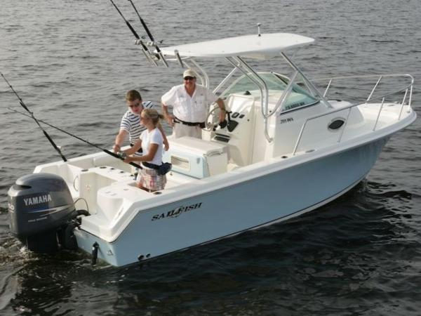 2020 Sailfish boat for sale, model of the boat is 220 WAC & Image # 1 of 7