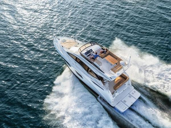 2020 Sea Ray boat for sale, model of the boat is Fly 400 & Image # 7 of 23
