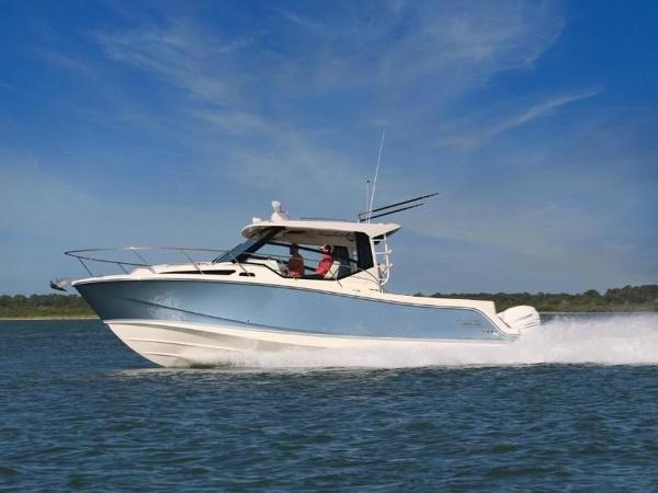 2020 Boston Whaler boat for sale, model of the boat is 325 Conquest & Image # 1 of 11