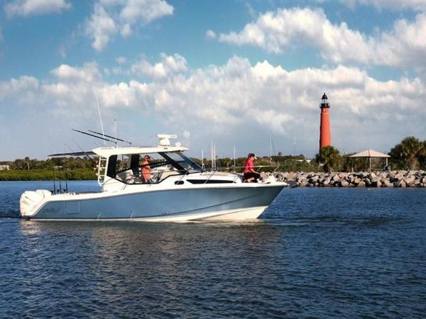 2020 Boston Whaler boat for sale, model of the boat is 325 Conquest & Image # 2 of 11