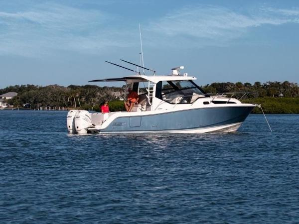 2020 Boston Whaler boat for sale, model of the boat is 325 Conquest & Image # 11 of 11