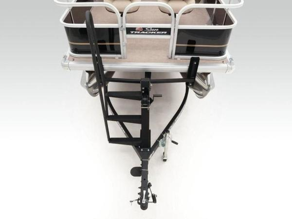 2020 Sun Tracker boat for sale, model of the boat is BASS BUGGY® 16 DLX & Image # 21 of 39