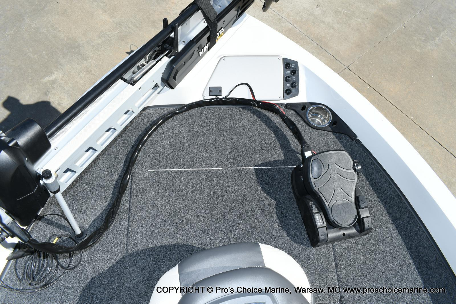 2020 Ranger Boats boat for sale, model of the boat is 212LS & Image # 8 of 50