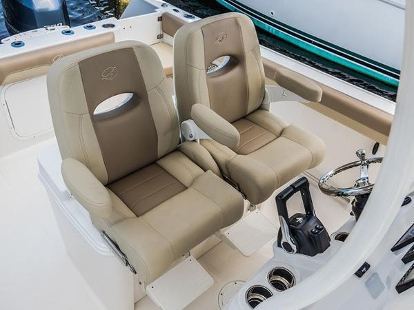 2020 Sailfish boat for sale, model of the boat is 270 CC & Image # 5 of 26