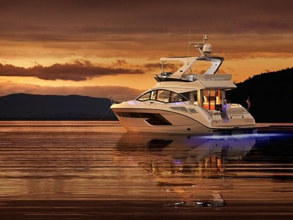 2020 Sea Ray boat for sale, model of the boat is Fly 520 & Image # 6 of 14