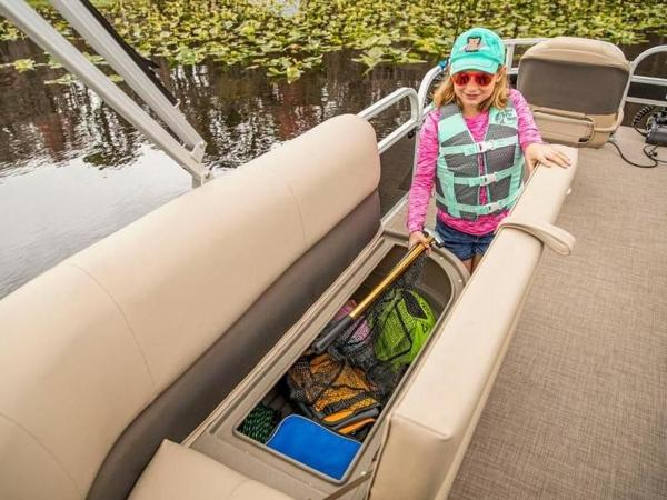 2020 Sun Tracker boat for sale, model of the boat is Bass Buggy® 16 XL Select & Image # 39 of 43