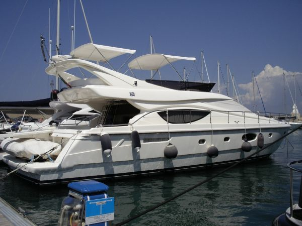 Ferretti Ferretti 550 Motor Yachts. Listing Number: M-3464519