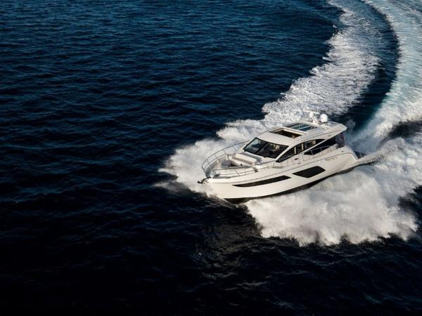 2020 Sea Ray boat for sale, model of the boat is L550 & Image # 2 of 48