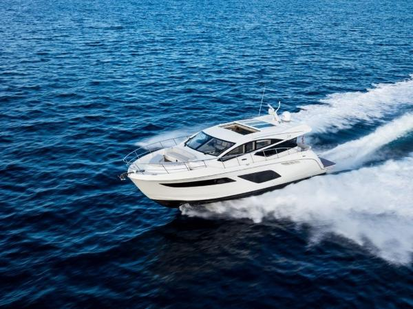 2020 Sea Ray boat for sale, model of the boat is L550 & Image # 4 of 48