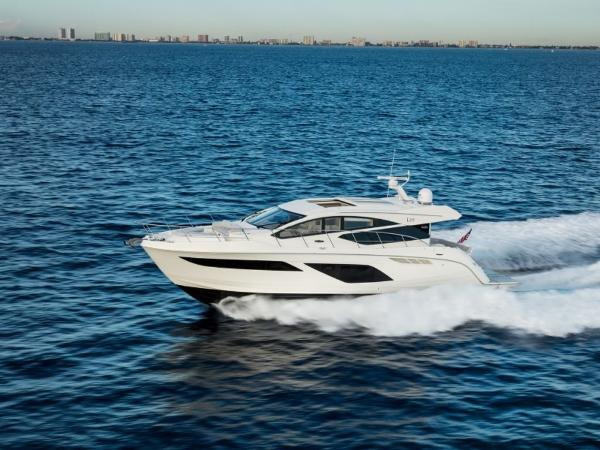 2020 Sea Ray boat for sale, model of the boat is L550 & Image # 6 of 48