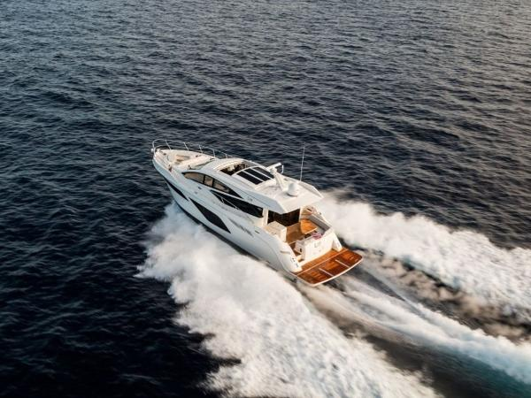 2020 Sea Ray boat for sale, model of the boat is L550 & Image # 13 of 48