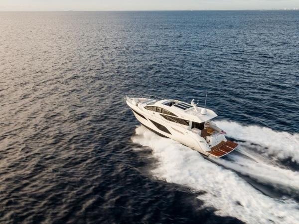 2020 Sea Ray boat for sale, model of the boat is L550 & Image # 22 of 48