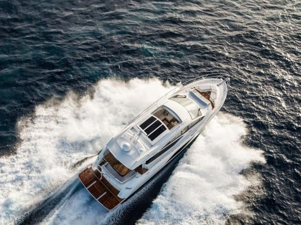 2020 Sea Ray boat for sale, model of the boat is L550 & Image # 24 of 48