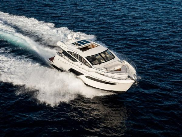 2020 Sea Ray boat for sale, model of the boat is L550 & Image # 29 of 48