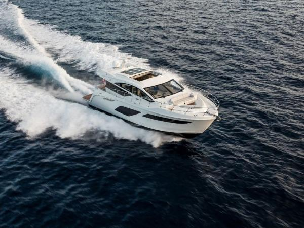 2020 Sea Ray boat for sale, model of the boat is L550 & Image # 30 of 48
