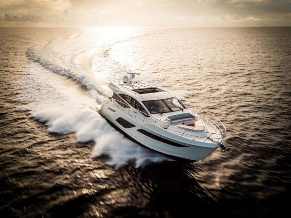 2020 Sea Ray boat for sale, model of the boat is L550 & Image # 35 of 48