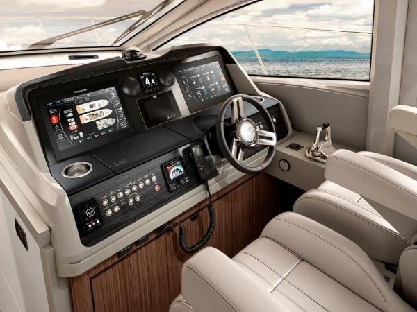 2020 Sea Ray boat for sale, model of the boat is L550 & Image # 41 of 48